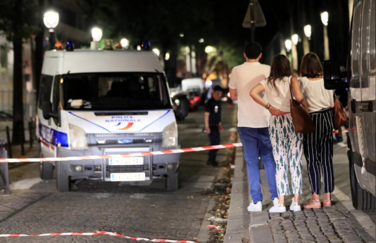 Un hombre es arrestado tras apuñalar a 7 personas en París