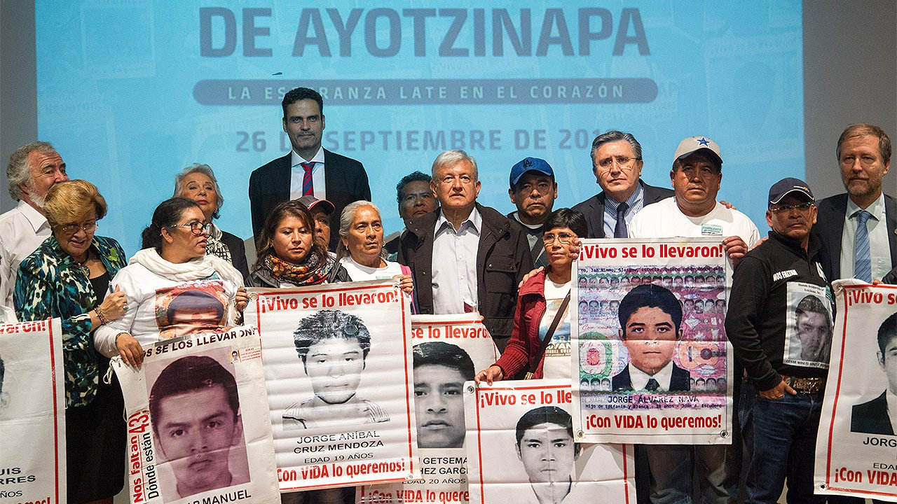 Abogado pide retomar otras líneas de investigación en caso Ayotzinapa