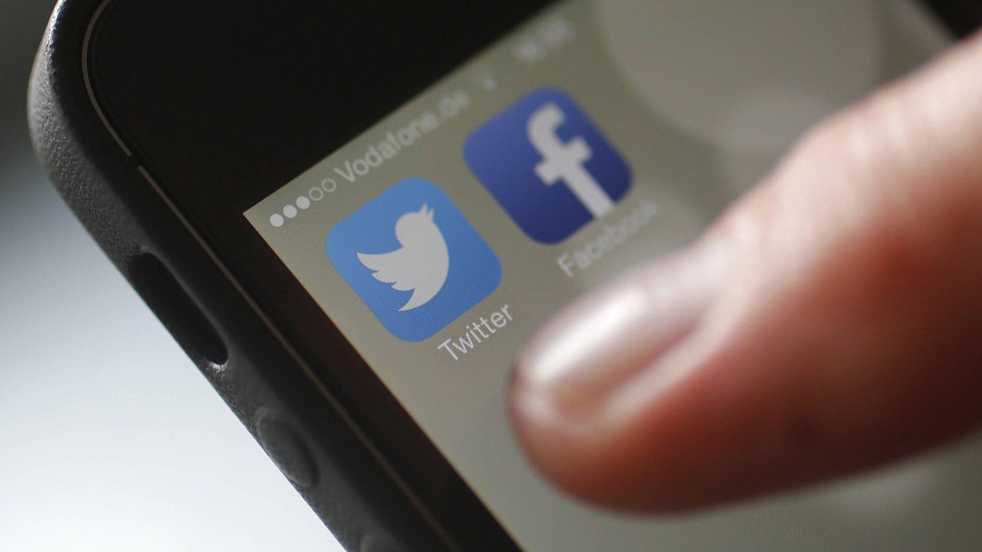 UE emplaza a Facebook y Twitter para cumplir con reglas de consumidor