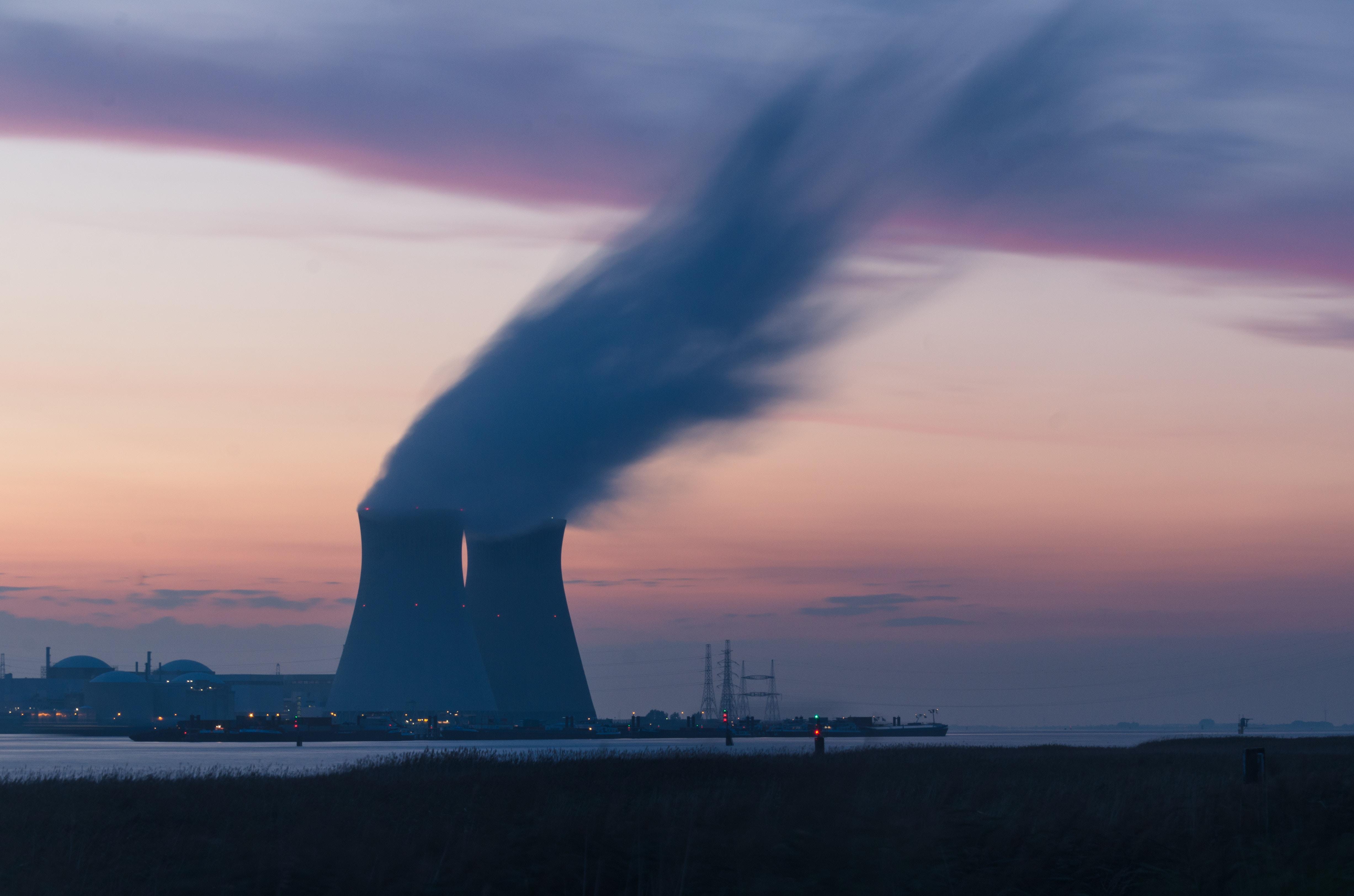 ¿Por qué los ejércitos siguen apostando a la energía atómica?