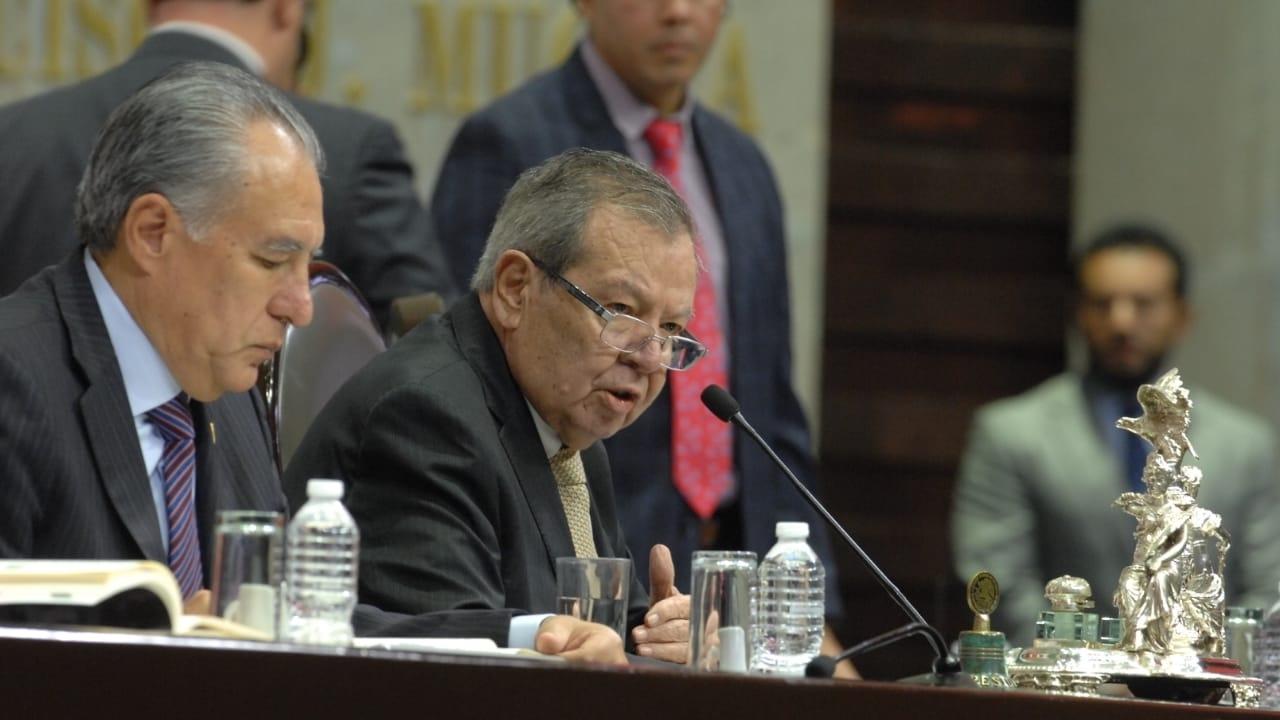 Porfirio Muñoz Ledo presenta su renuncia como presidente de la Mesa Directiva de la Cámara de Diputados