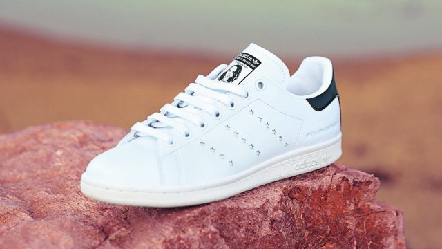 cheaper 47642 8fbec Stella McCartney reinventa los tenis Stan Smith de Adidas con piel vegana