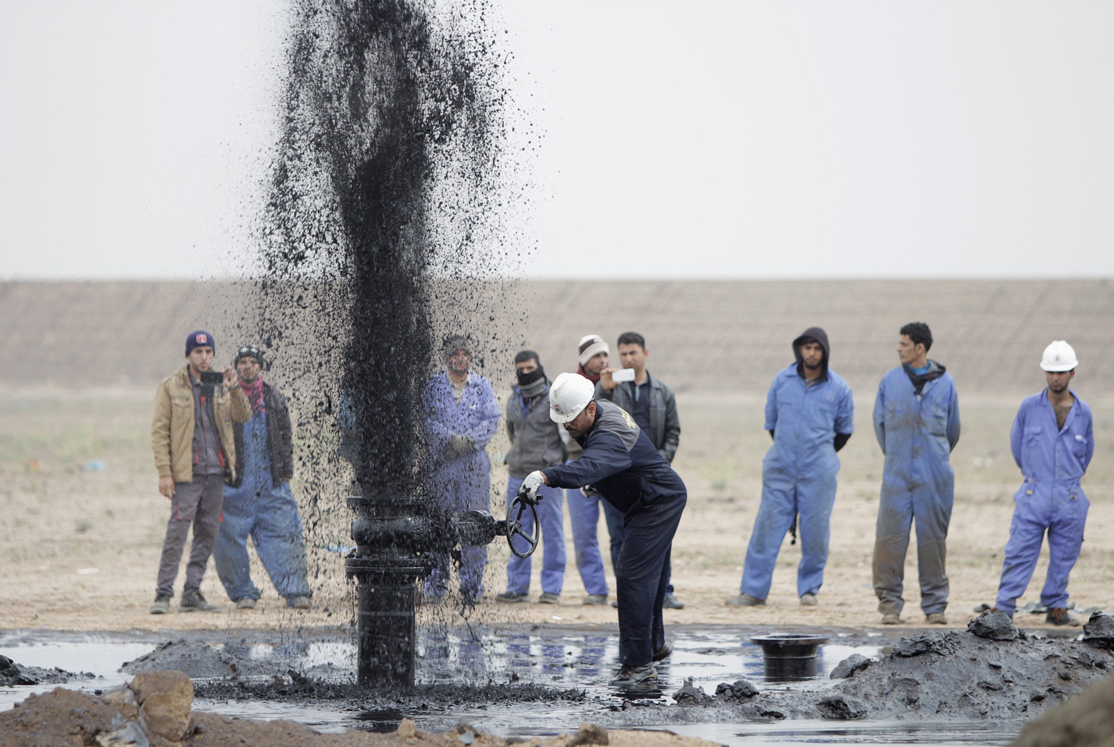 ¿Es válida la relación ente el consumo de pollo y las importaciones de petróleo?