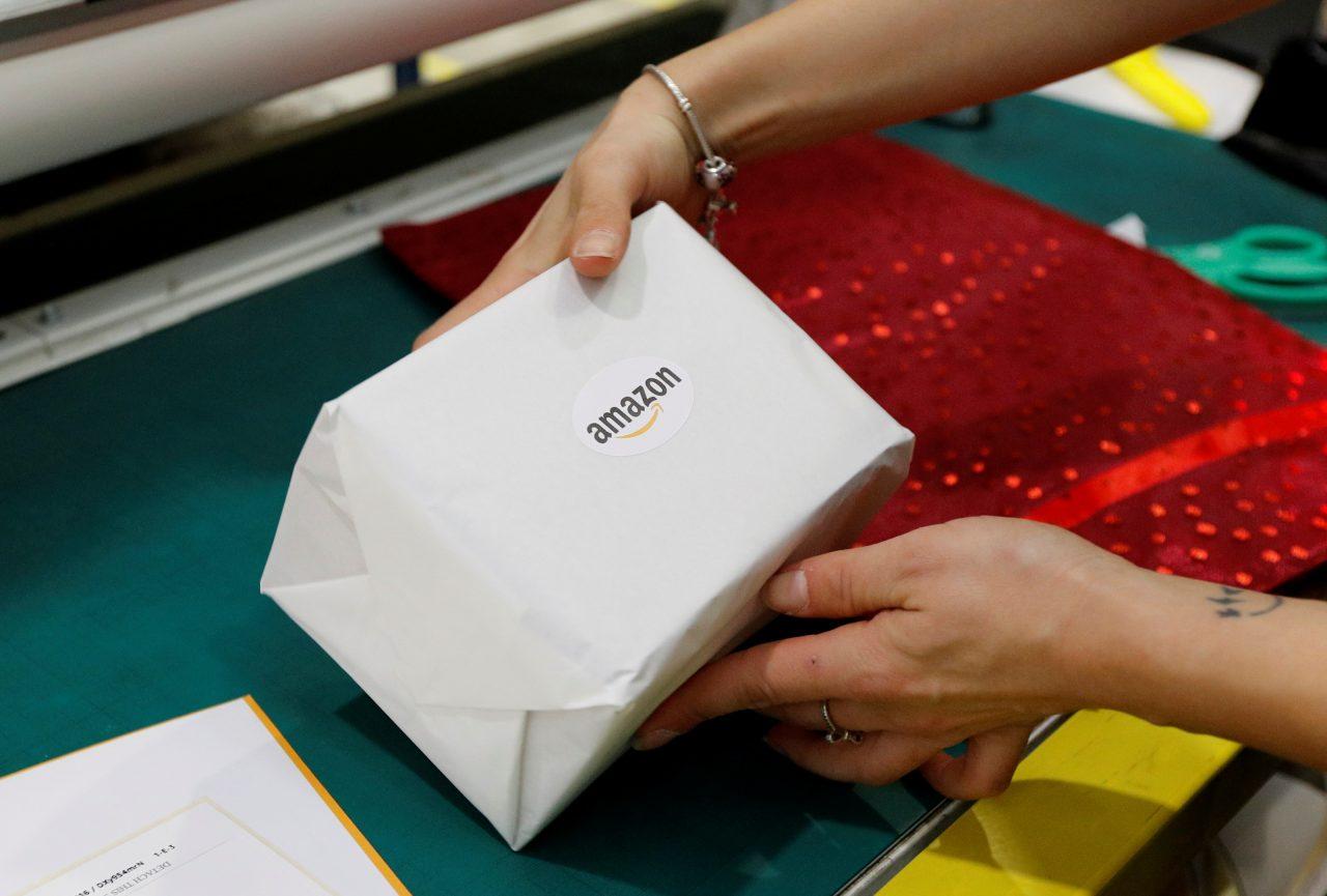 Amazon expulsa a 3,900 vendedores ante aumento de precios por crisis de coronavirus