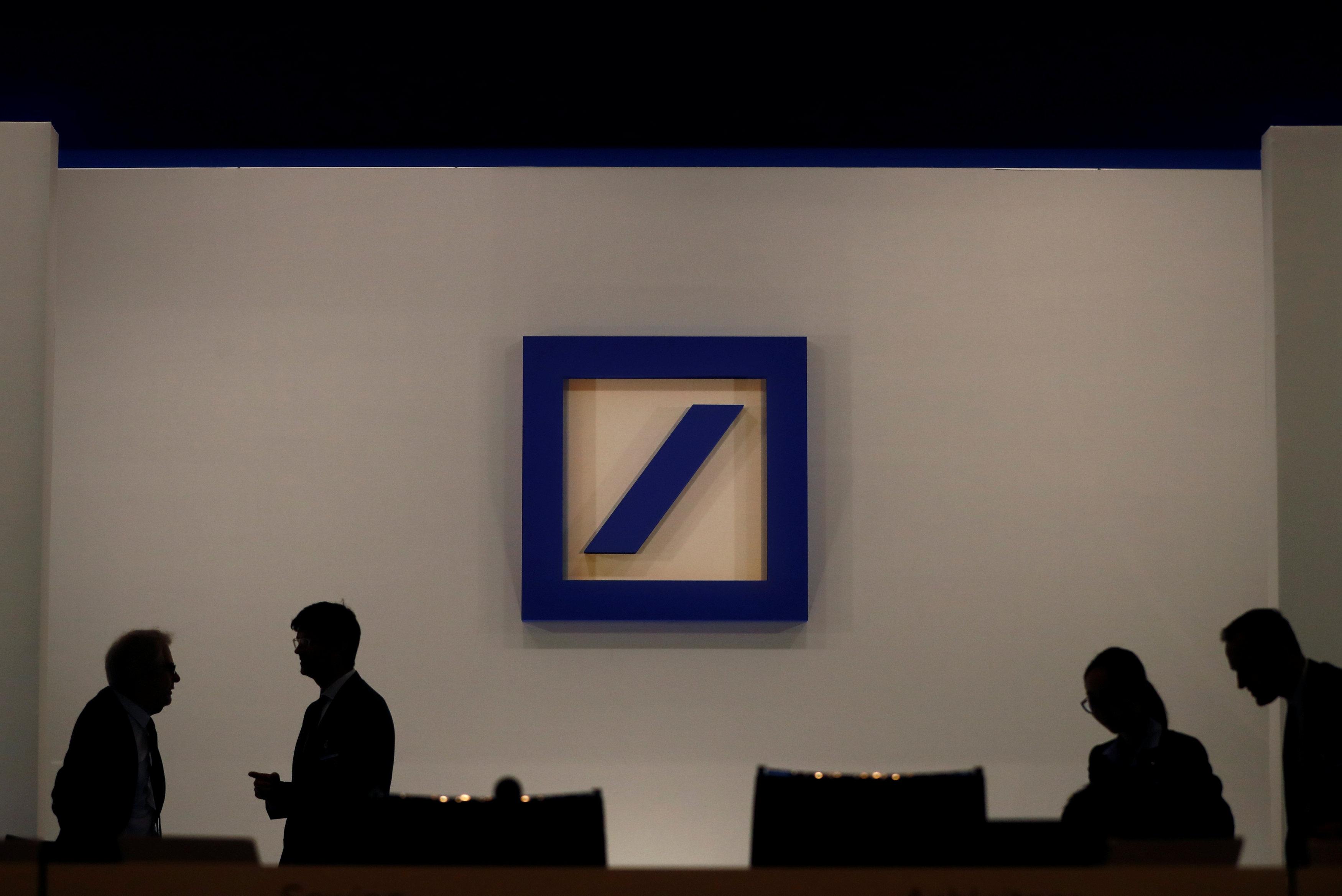Registran oficinas de Deutsche Bank en investigación por lavado de dinero