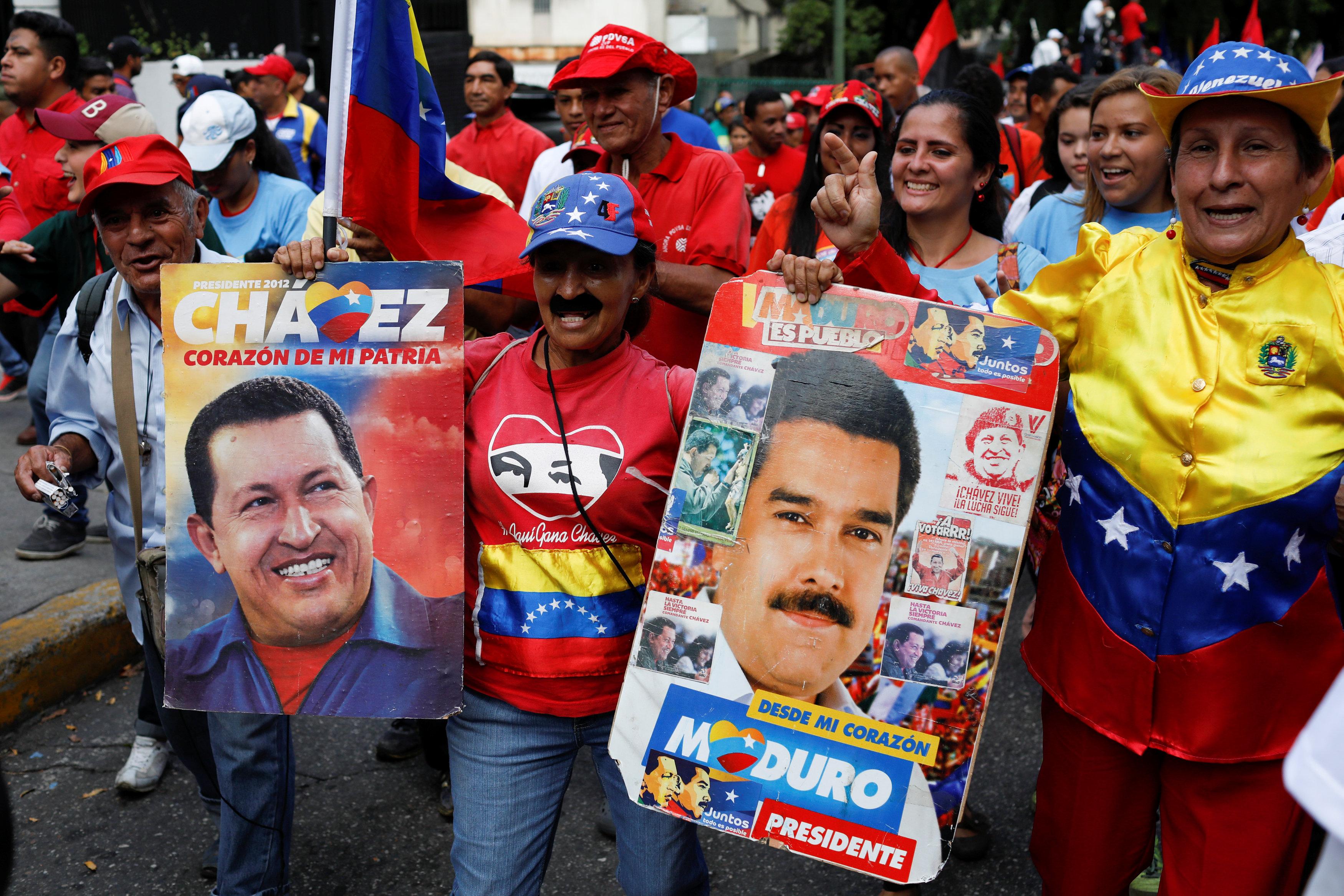 Venezolanos en México protestan por visita de Nicolás Maduro