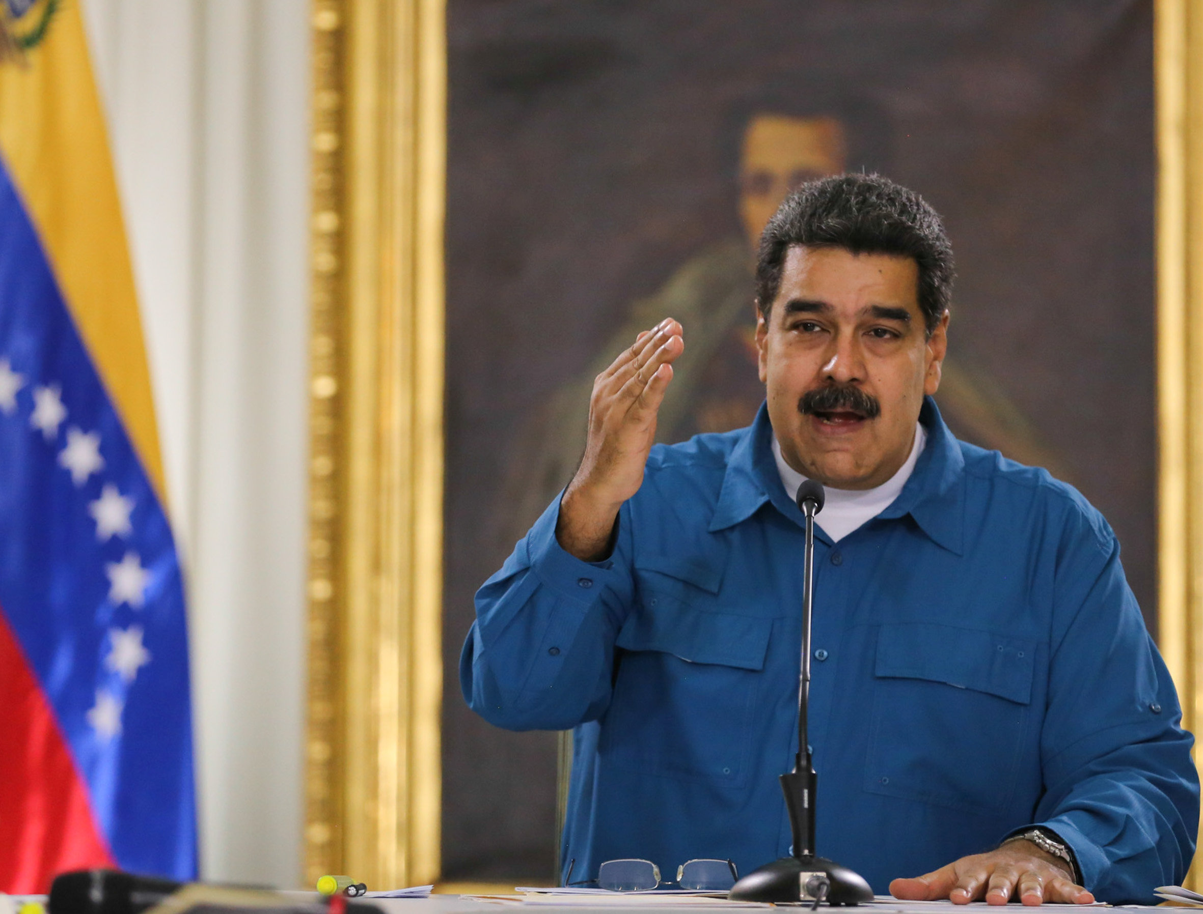 Tribunal en Venezuela pide a la PGR detener a Maduro