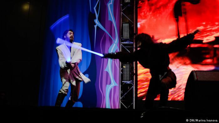 """Escuela de """"La guerra de las galaxias"""" entrena a aspirantes a Jedi"""