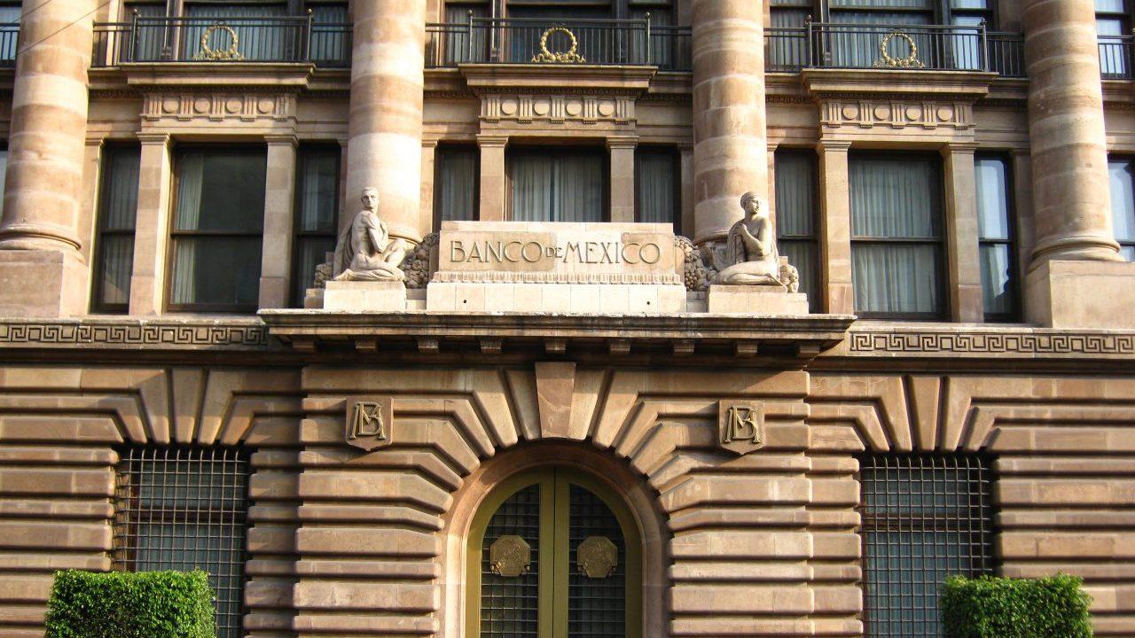 Banxico: 4 razones para rebajar las tasas de interés por tercera ocasión