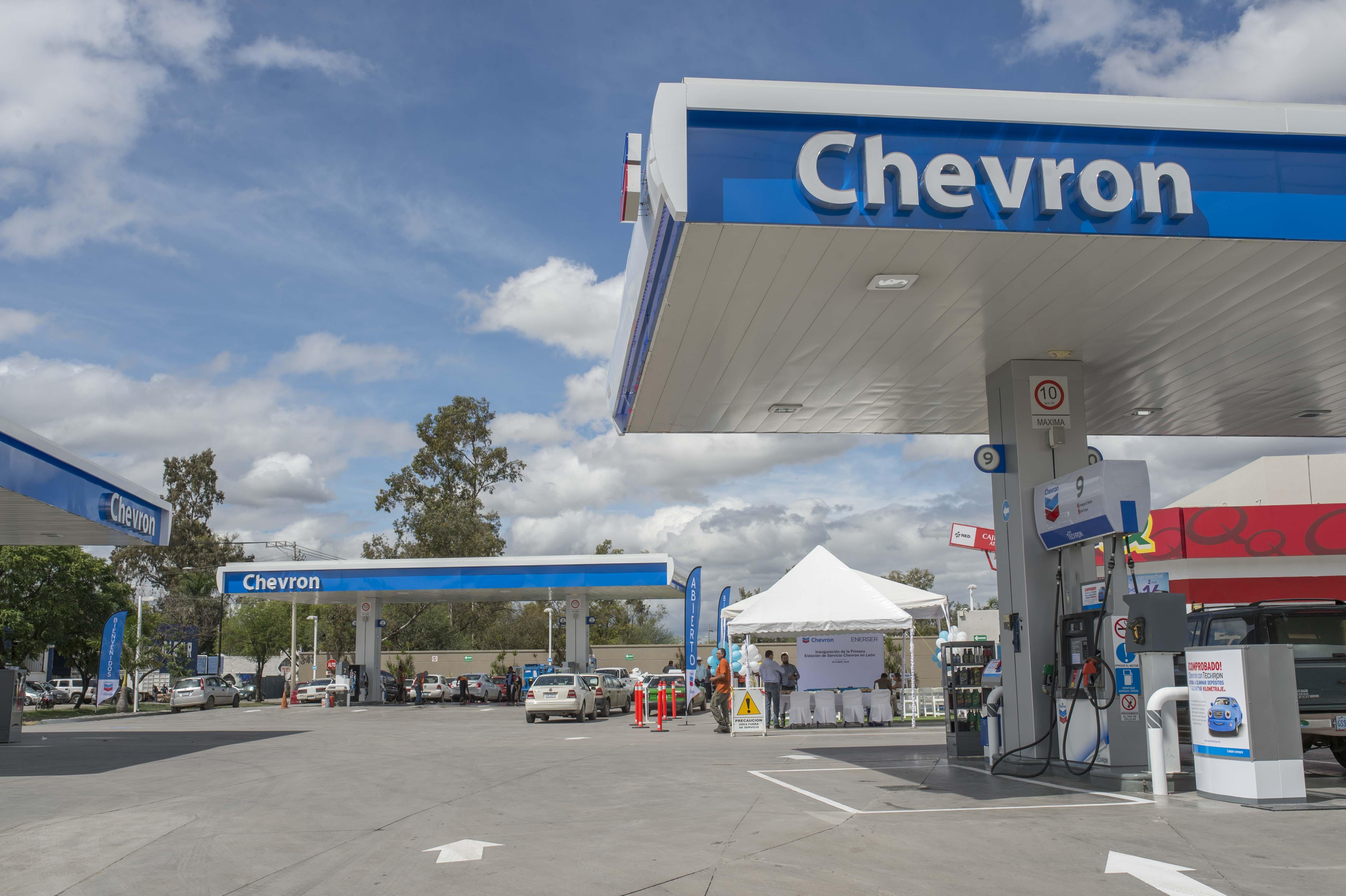 Chevron y Shell, las marcas con la gasolina más cara del país: Profeco
