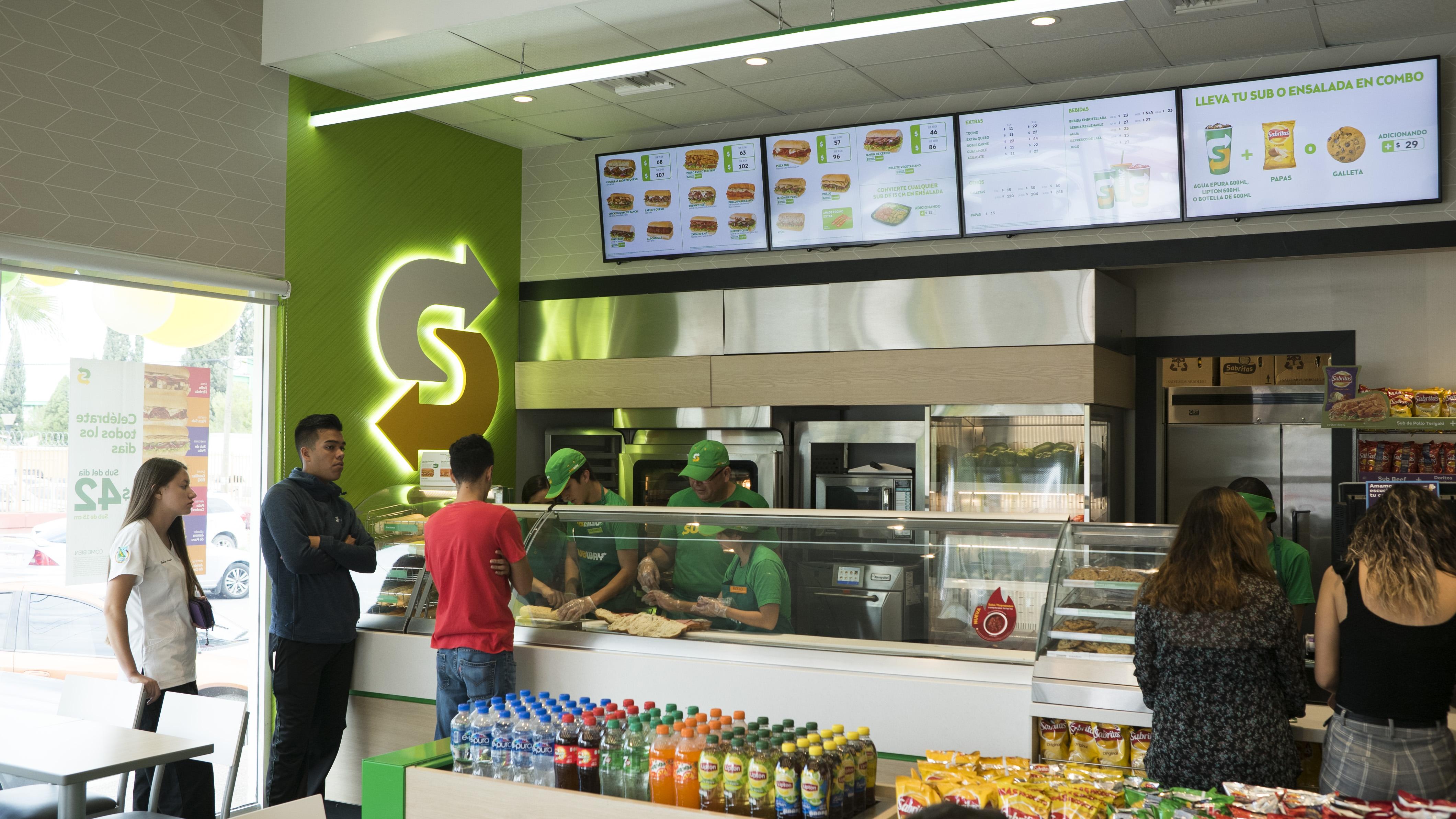 Subway 'enchula' sus unidades y planea abrir 50 más