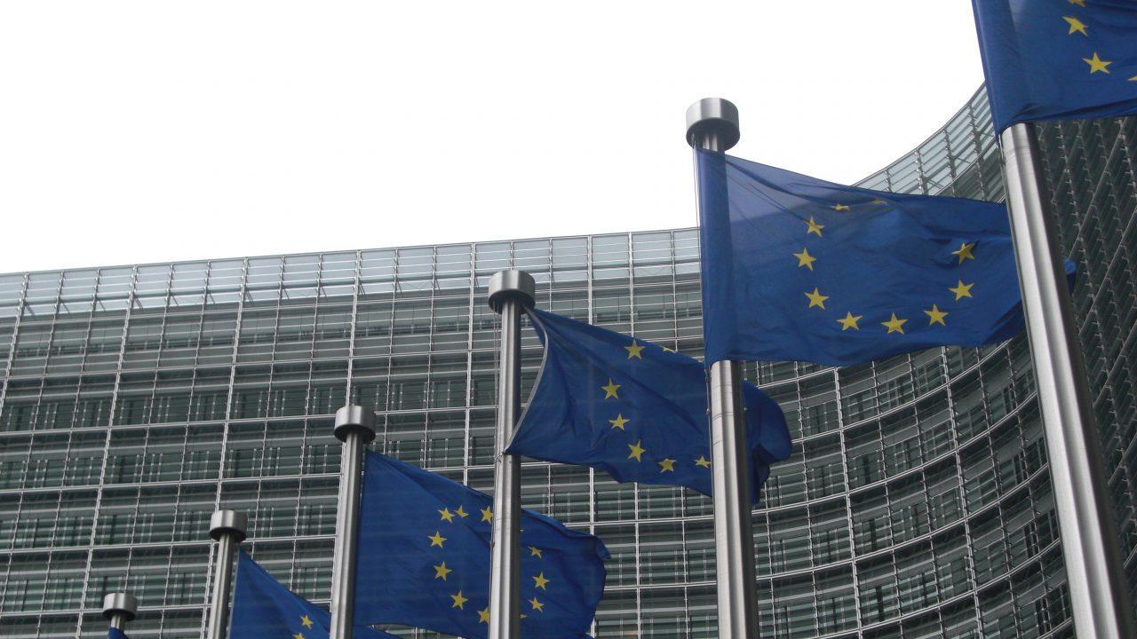 Unión Europea descarta retirar aranceles a productos agrícolas de EU