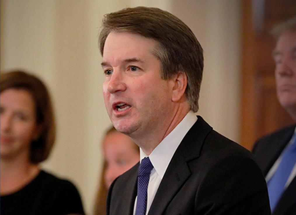 Senadores deciden su voto por juez Kavanaugh con reporte FBI en mano