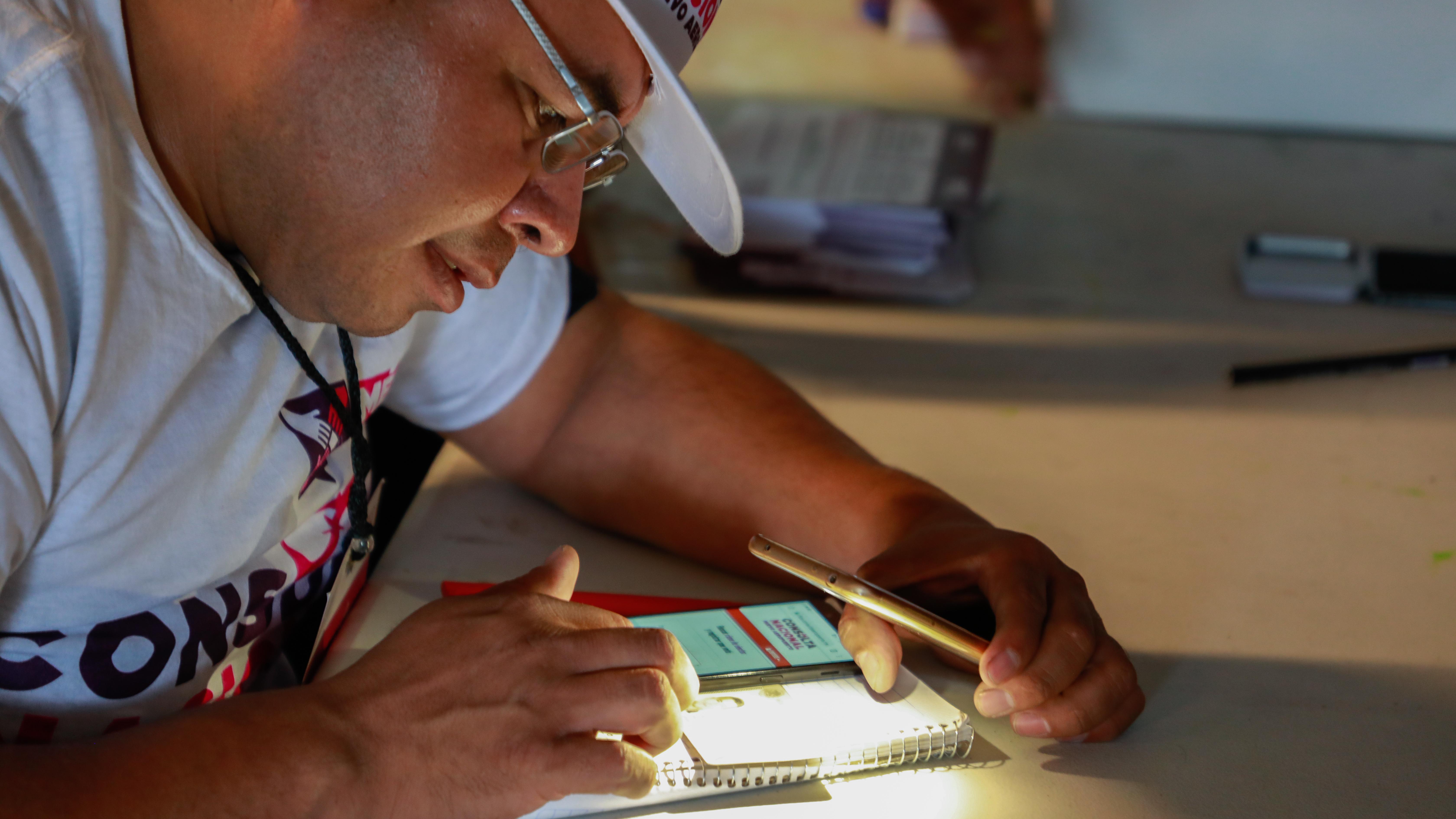 Ni app, ni tinta impidió votar dos o tres veces en consulta del NAIM