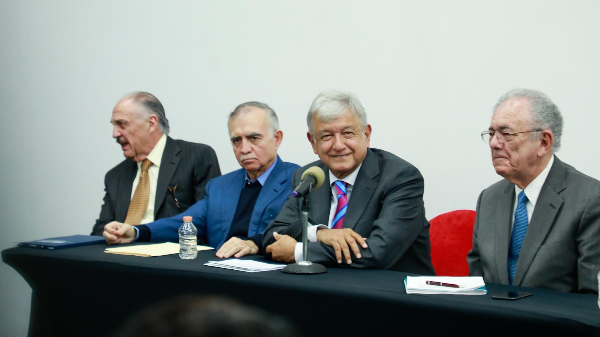 AMLO confirma cancelación del NAIM en Texcoco; ofrece legalidad a contratistas