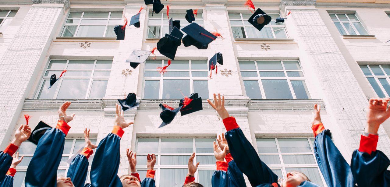 ¿Atorar mi carrera, pasados los 30, para estudiar… y con familia? Sí