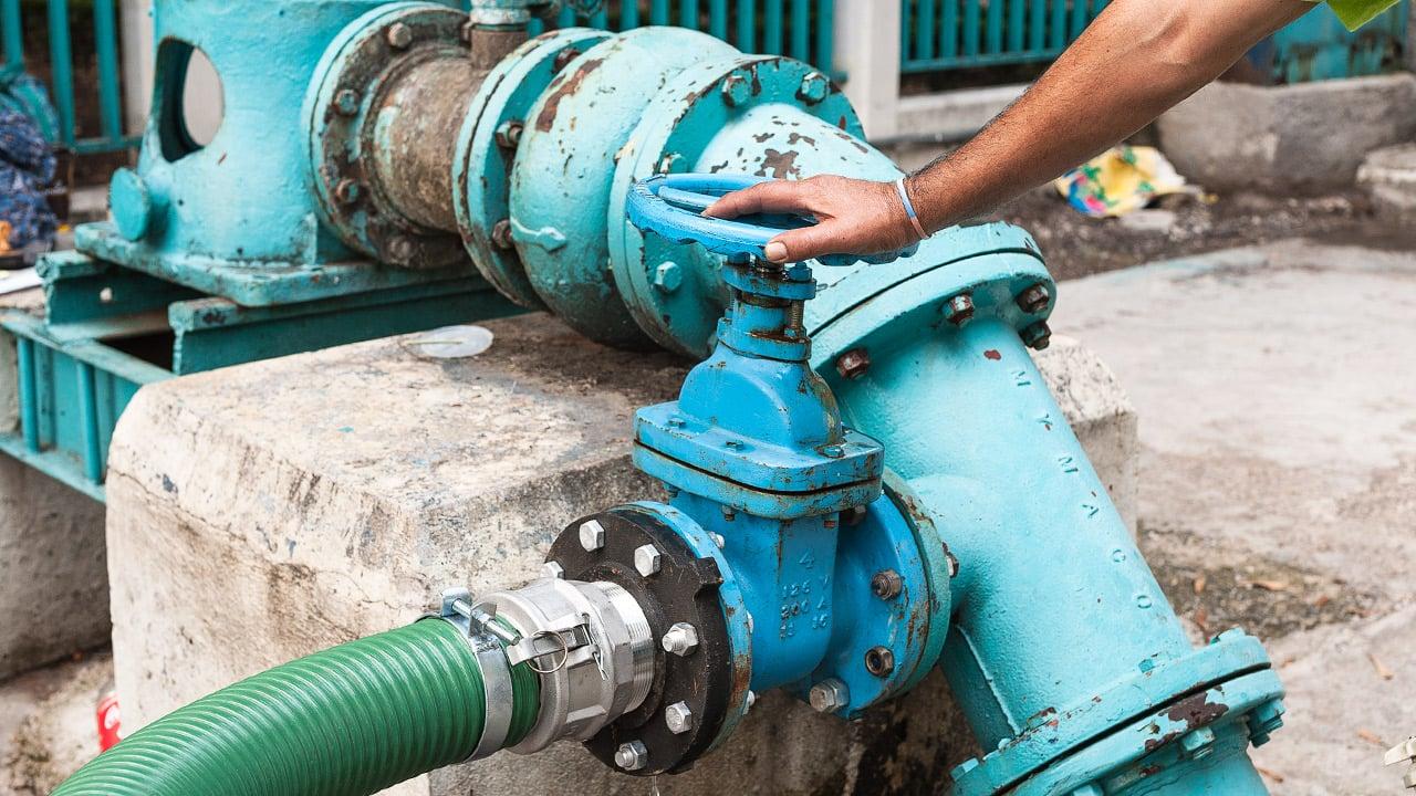 Megacorte de agua se prolongará hasta 40 horas más