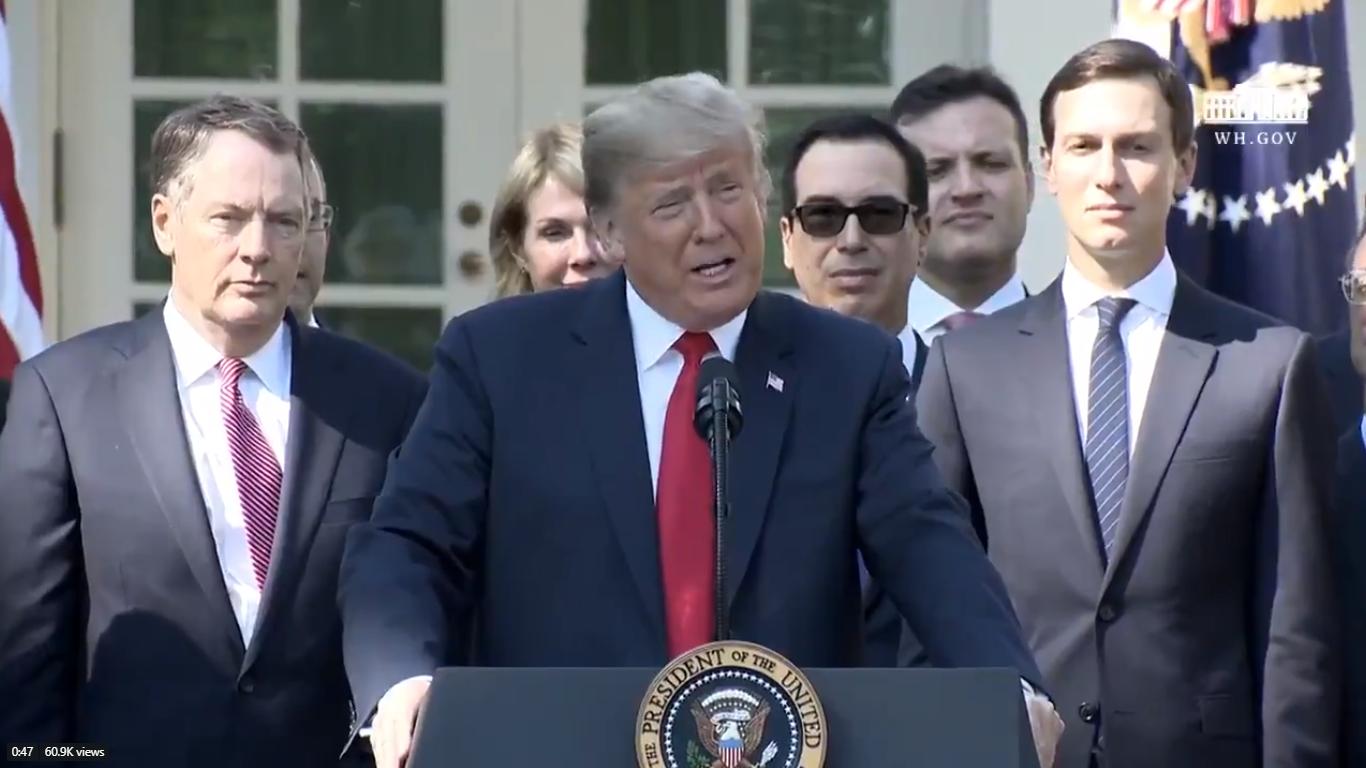 Trump destaca crecimiento de EU en medio de elecciones