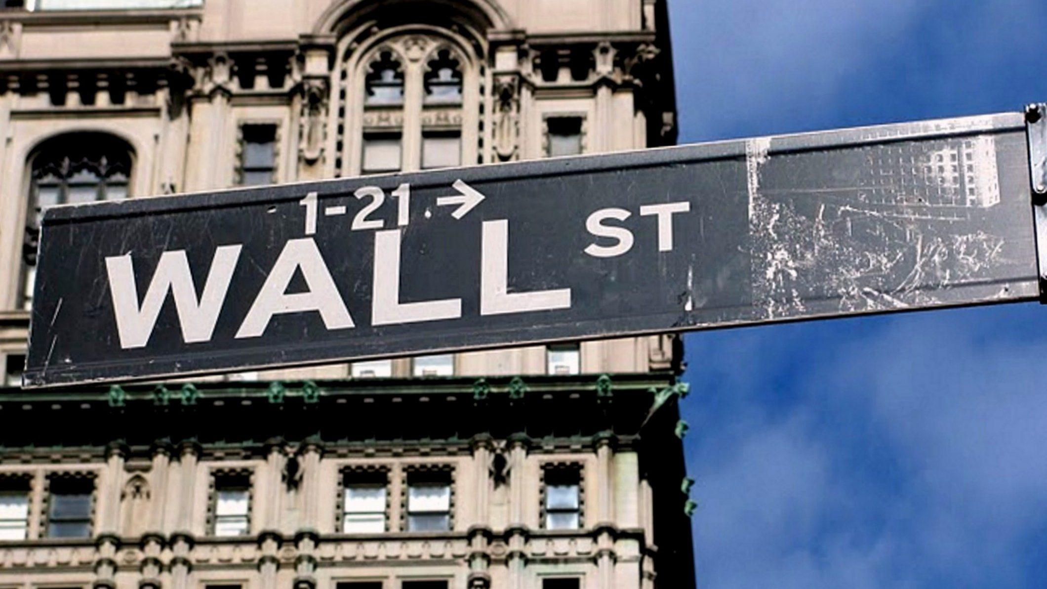 Wall Street abre a la baja por posible desaceleración económica