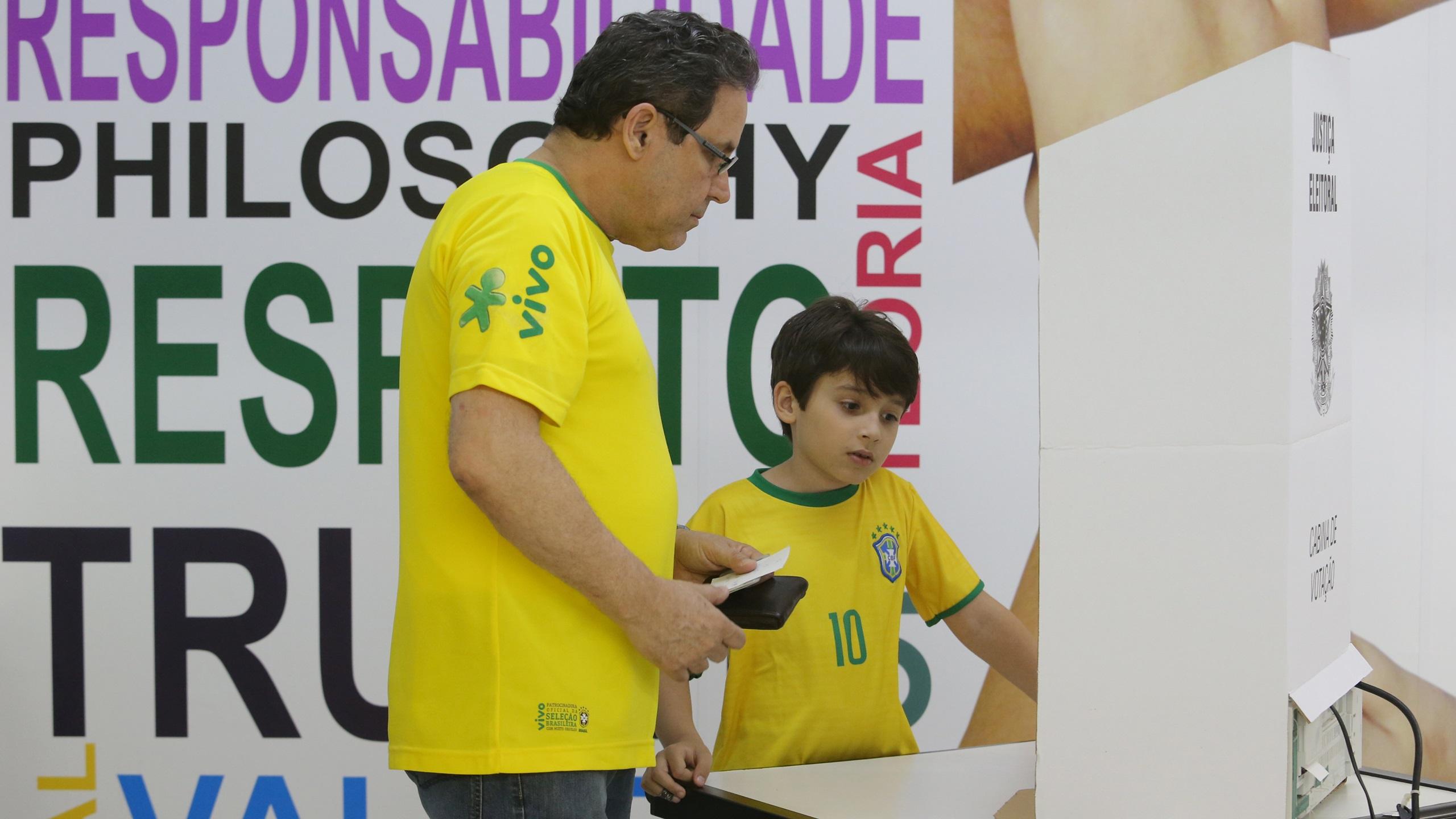 Brasil va a las urnas por elección presidencial; prevén segunda vuelta