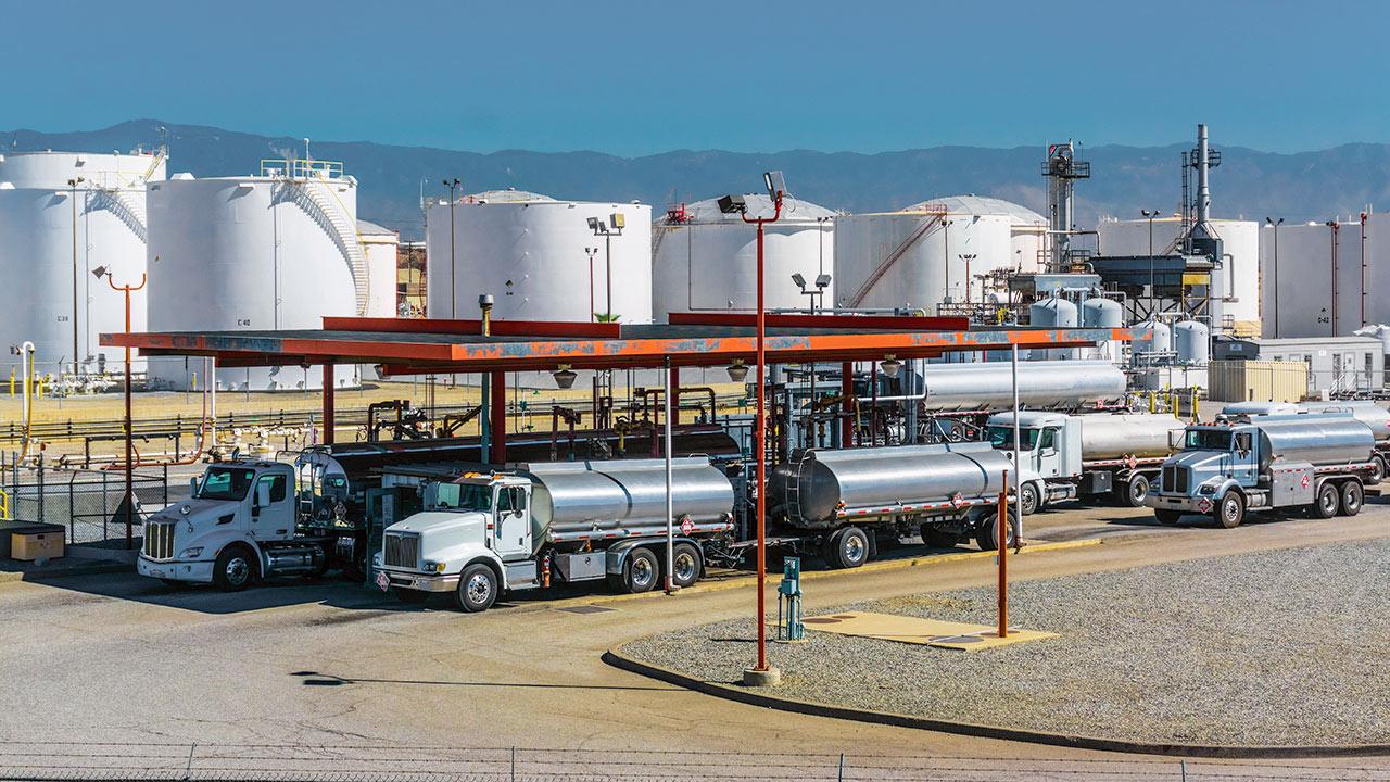 Un gran pendiente de la reforma energética: almacenar combustibles