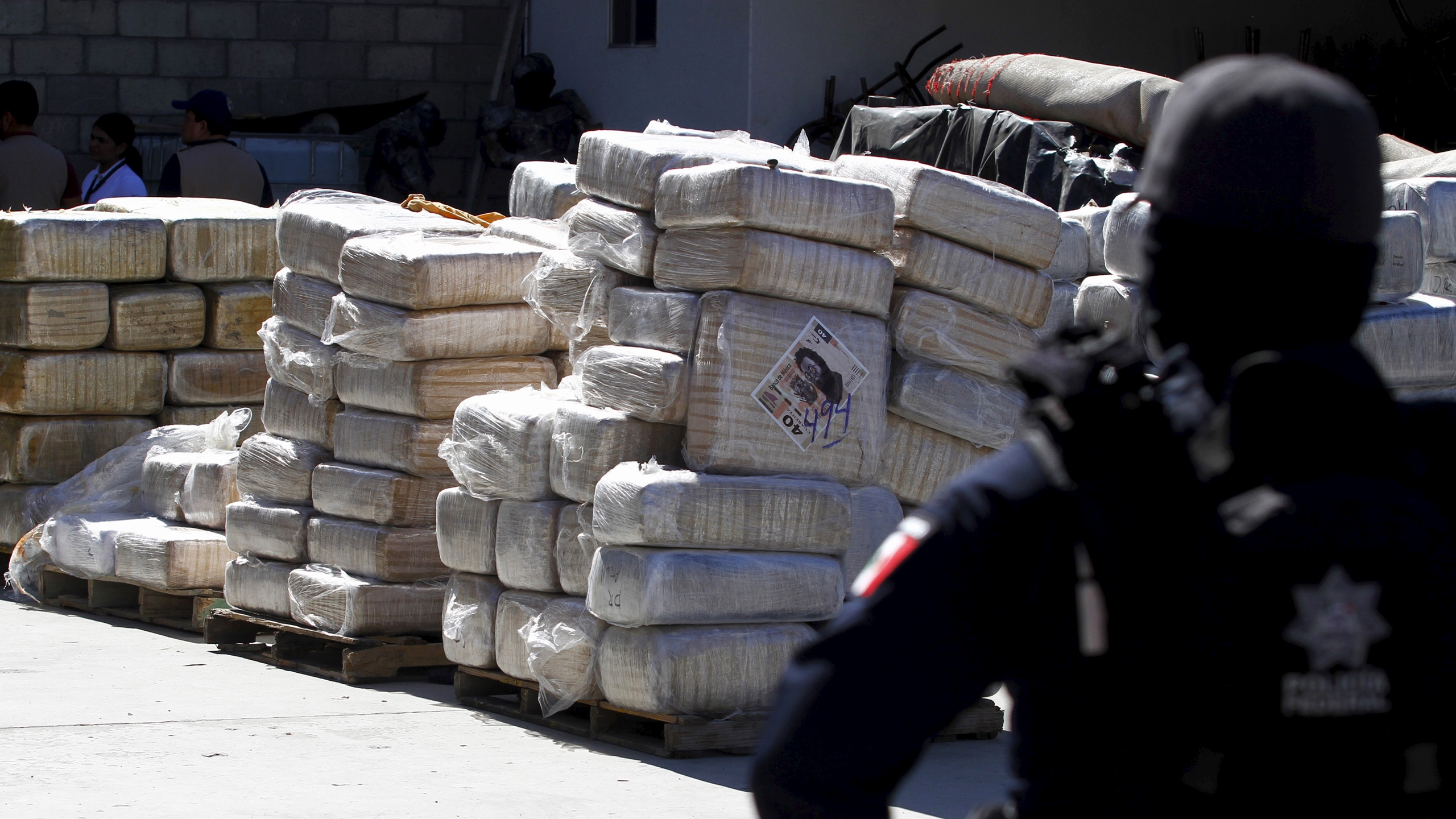 Esta es la ruta para designar como terroristas a los cárteles de la droga