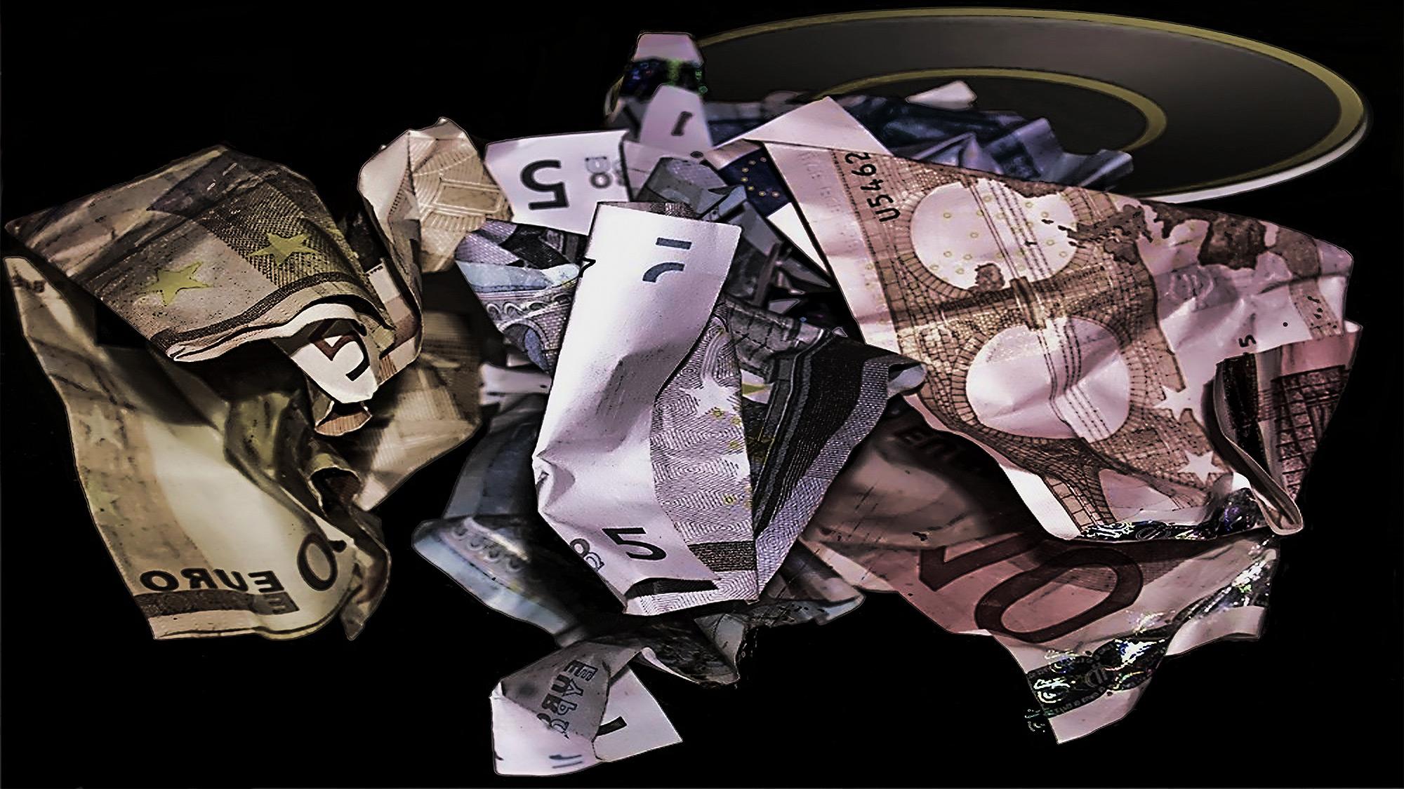 Dólar repunta ante el euro por críticas a presupuesto italiano