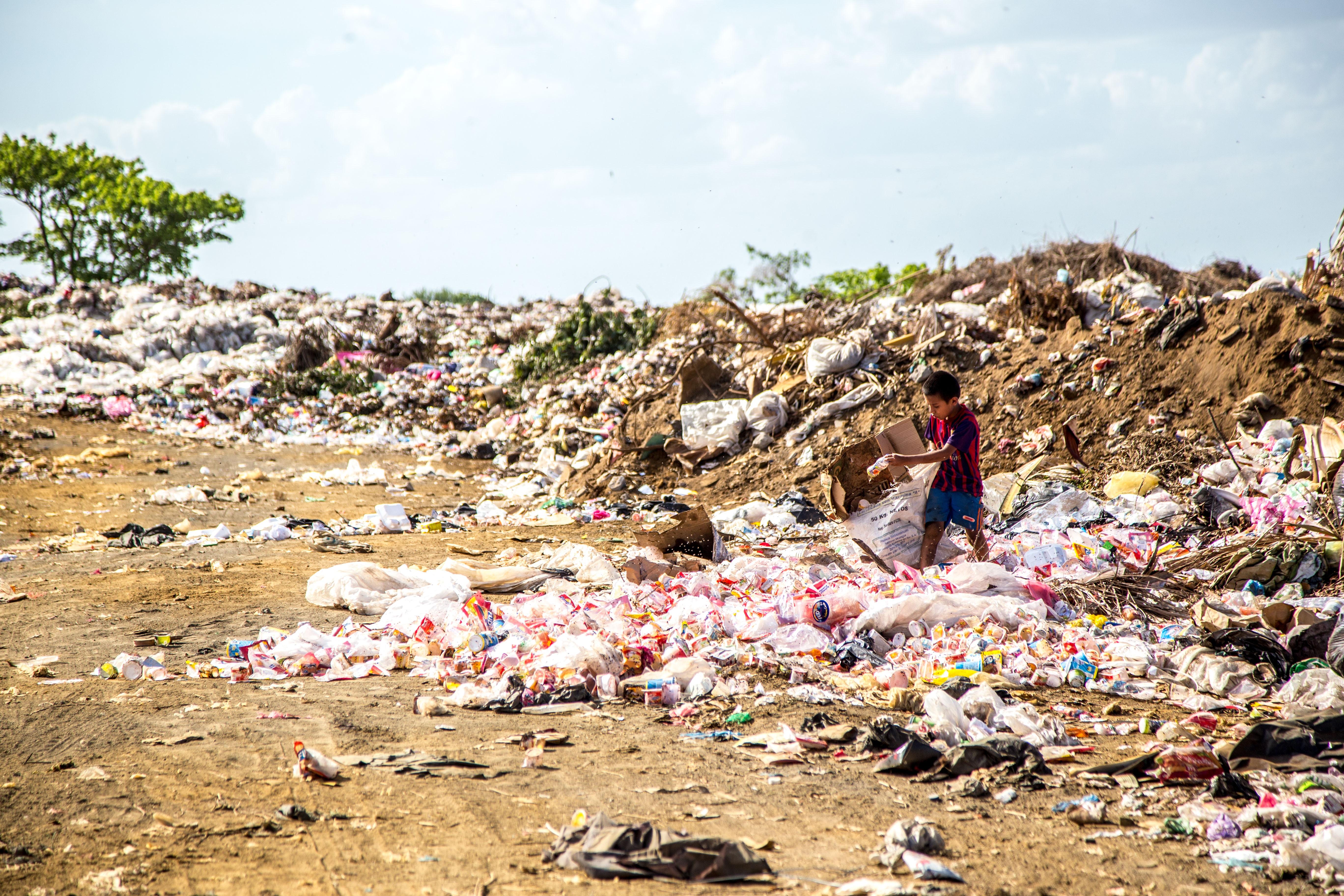 Cada habitante de CDMX genera 1.4 kilos de basura cada día, dice Conacyt