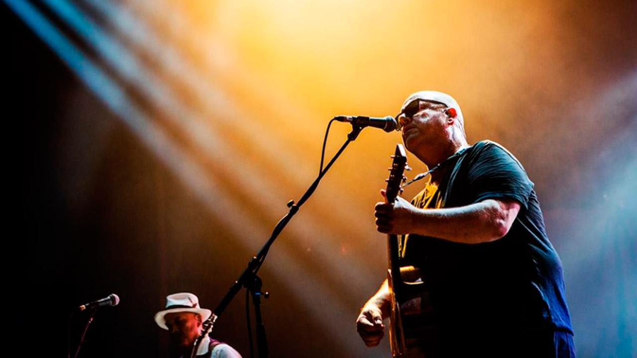 Concierto de Pixies en el Zócalo le costará al gobierno 10 mdp
