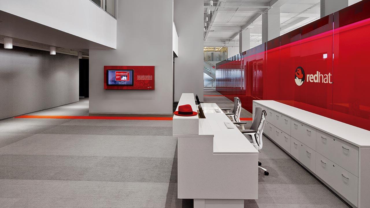IBM compra al fabricante de software Red Hat por 34,000 mdd