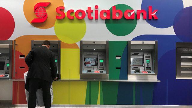 El banco canadiense, Scotiabank aún continua sin servicio para sus clientes