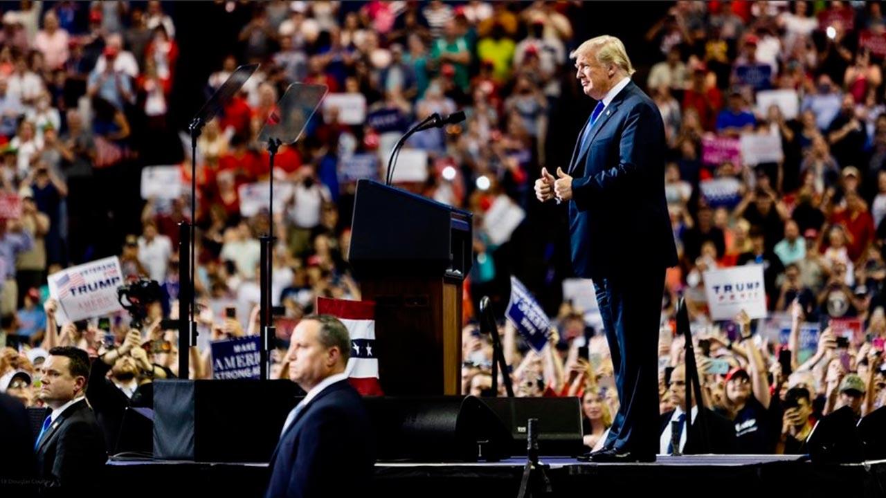 Trump califica de viejo el artículo del NYT que lo acusa de fraude