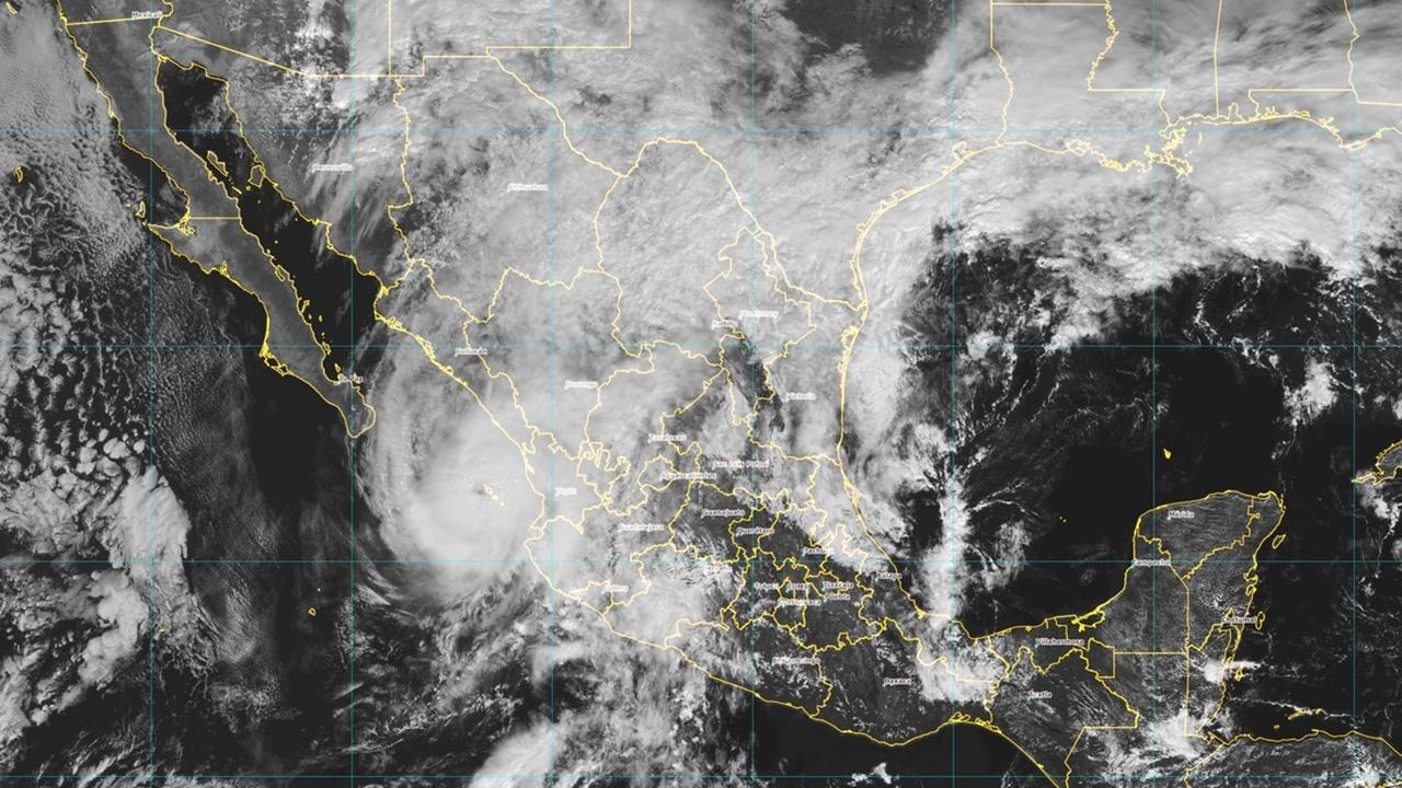 Willa se debilita a categoría 3 mientras avanza hacia Mazatlán
