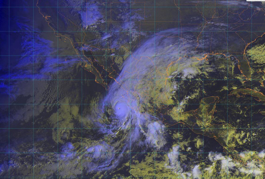 CFE activa plan de contingencia por huracán Willa