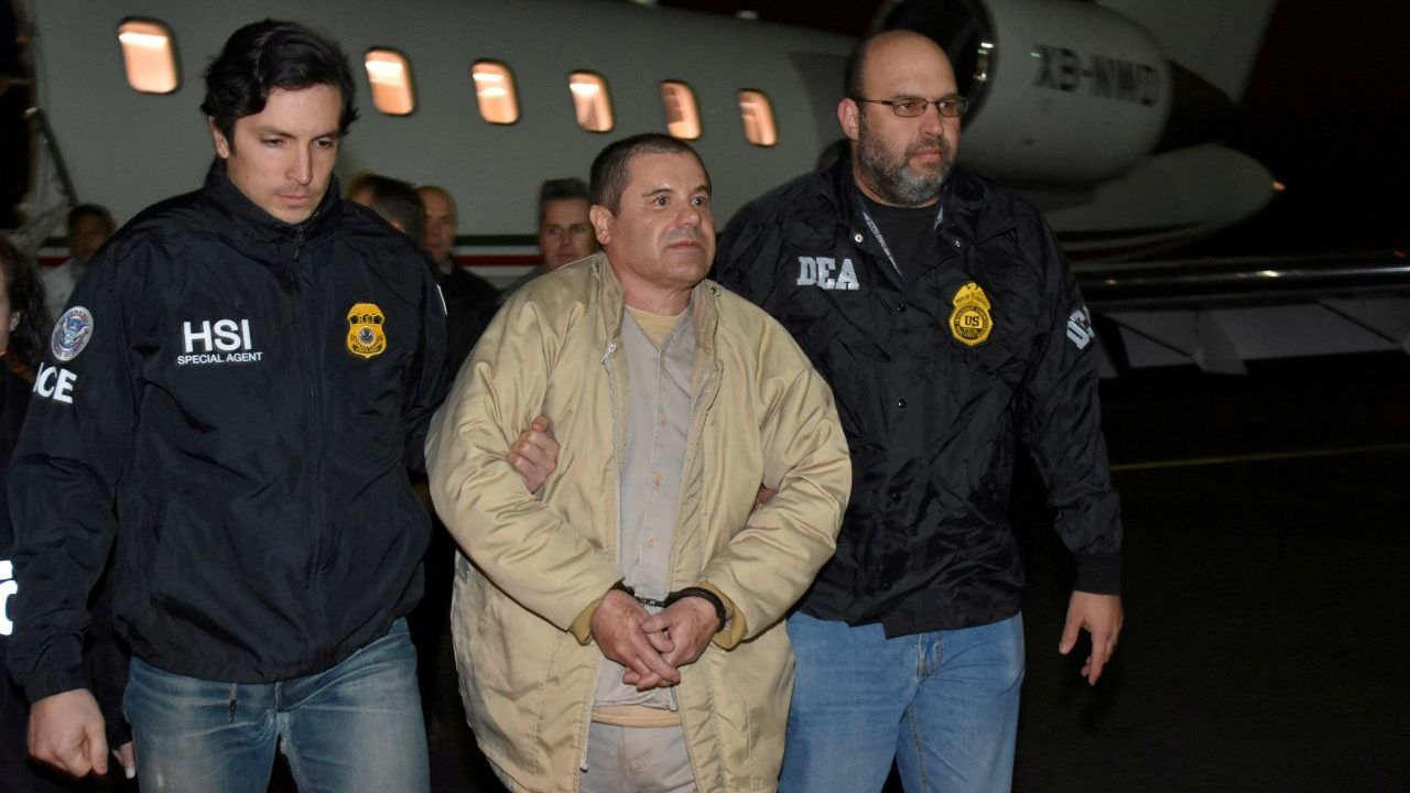 Revelan video inédito de los últimos momentos de 'El Chapo' en México