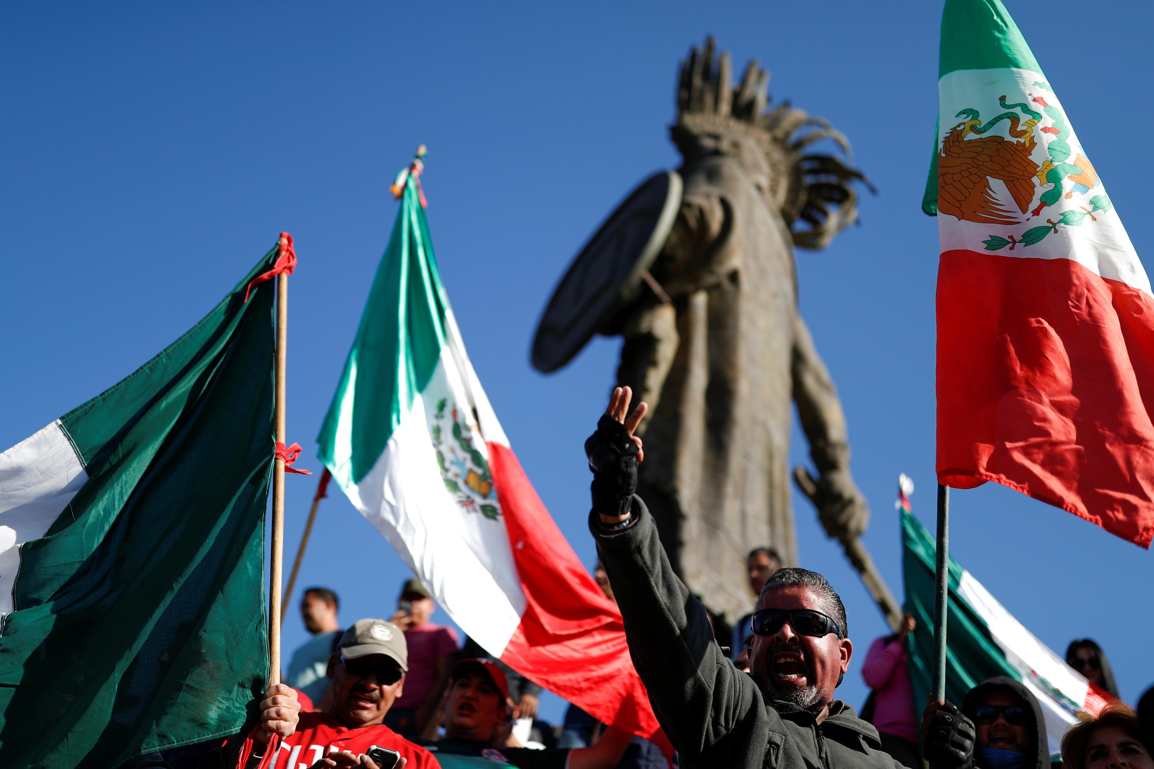 Residentes de Tijuana protestan contra migrantes centroamericanos