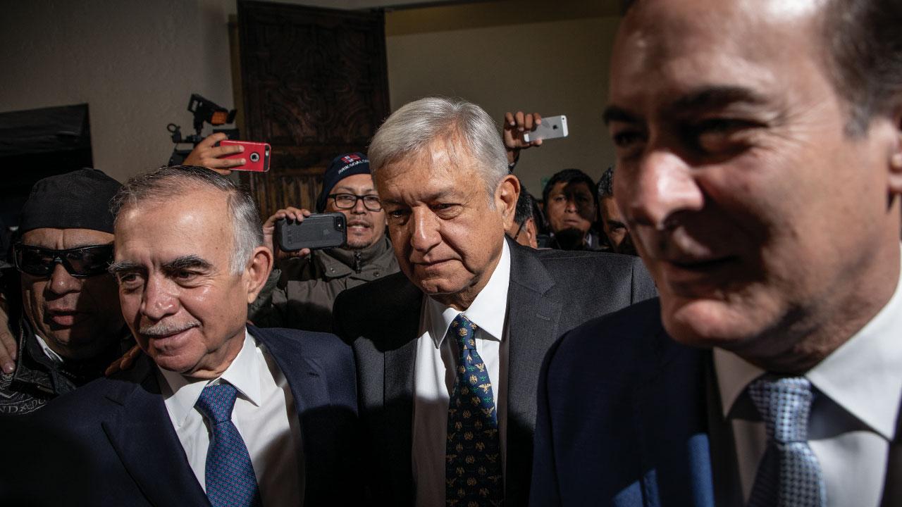 Romo, el empresario más cercano a AMLO, sale de Palacio