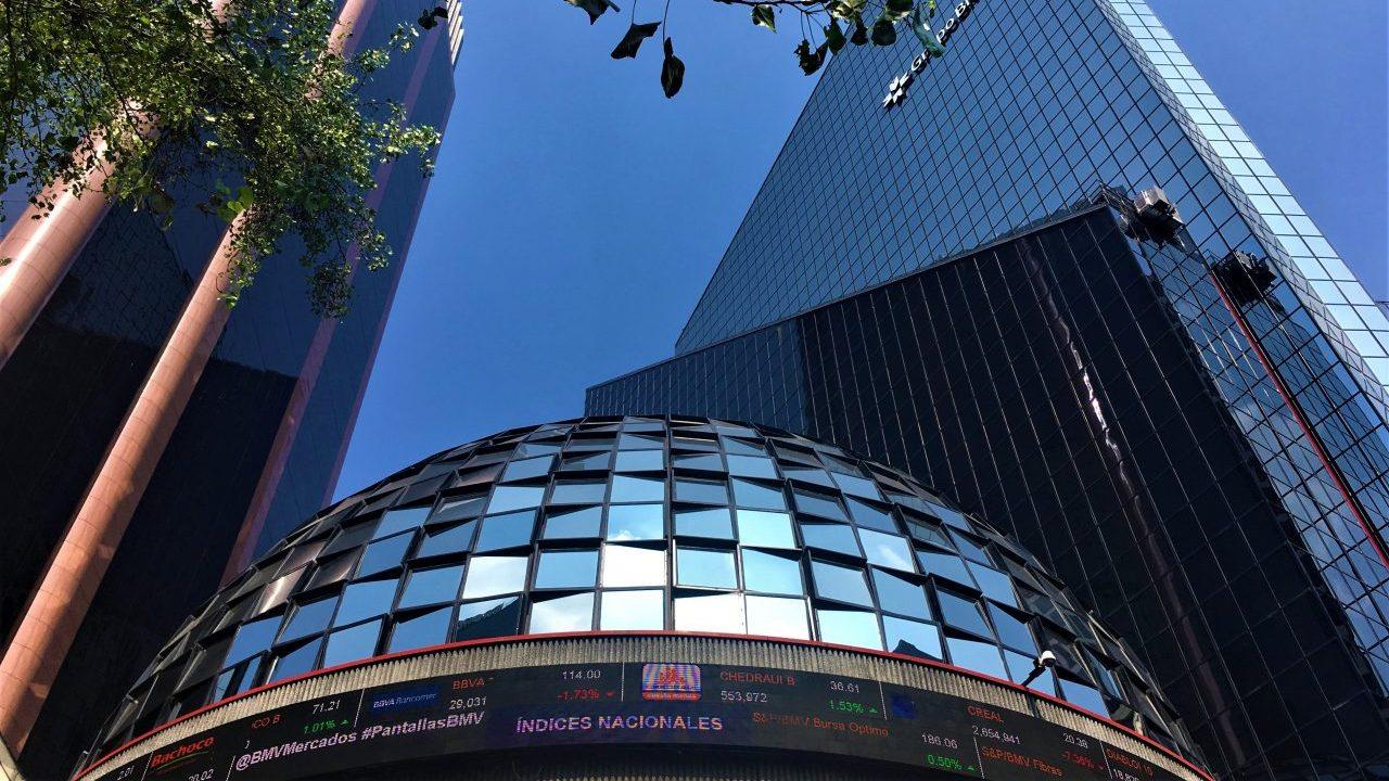 BMV abre con ganancias tras acuerdos de Cemex y América Móvil