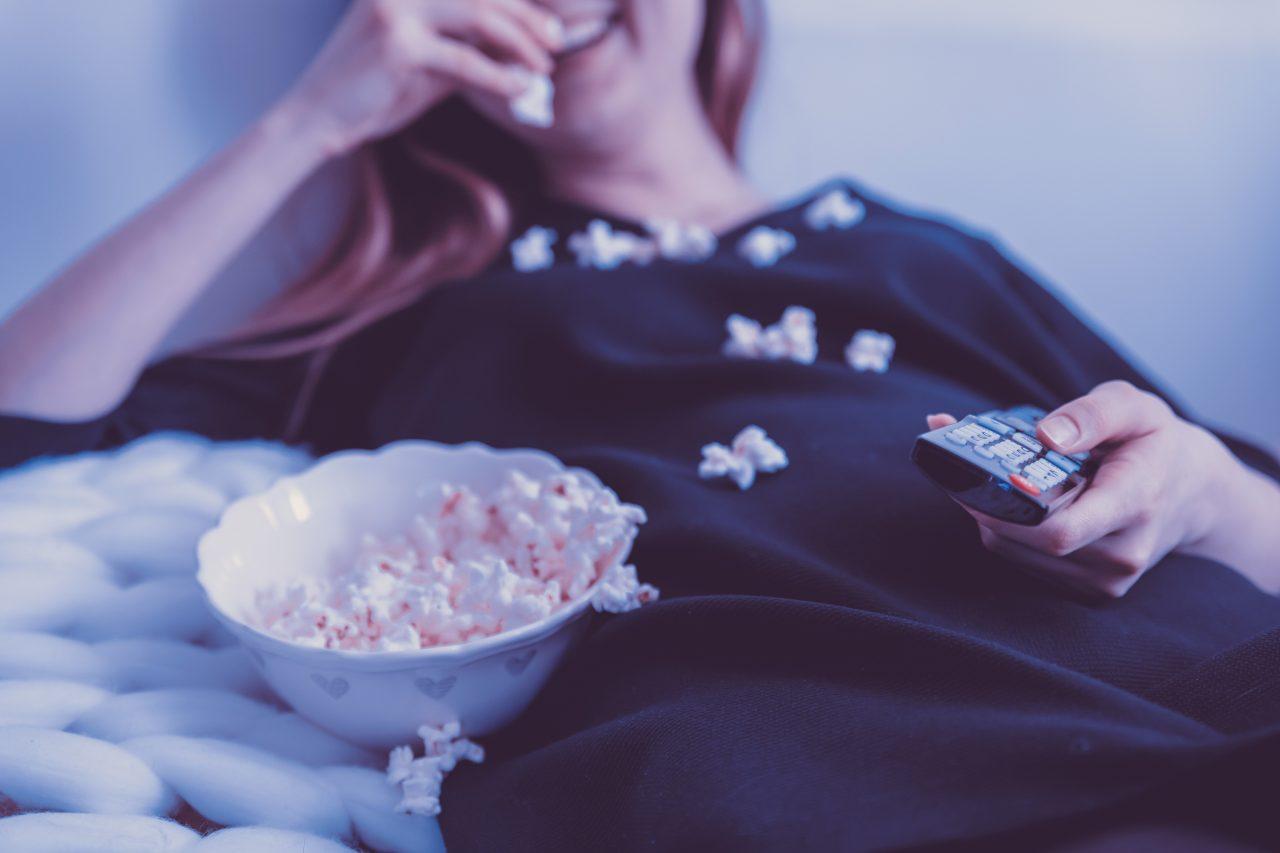 Industria del entretenimiento crecerá más que la economía mundial en 2023: estudio
