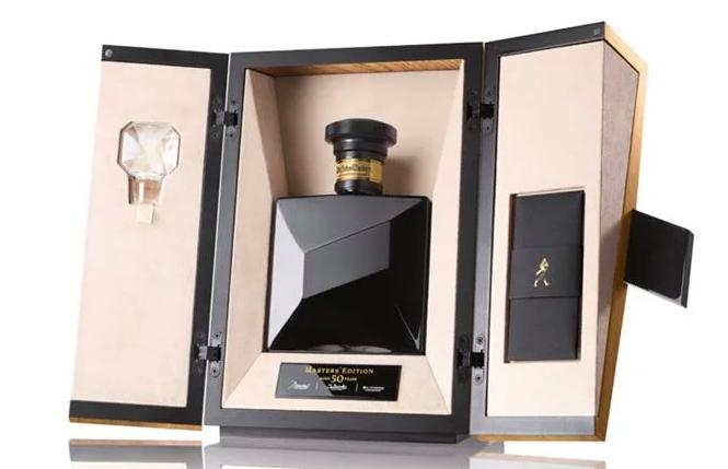 Johnnie Walker presenta su whisky más longevo en una edición especial