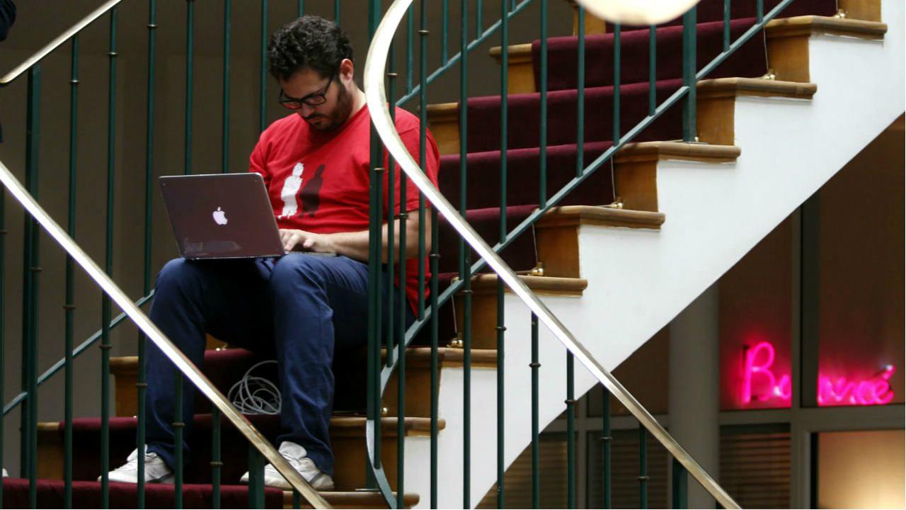 Redes sociales y el ejercicio de libertad negativa