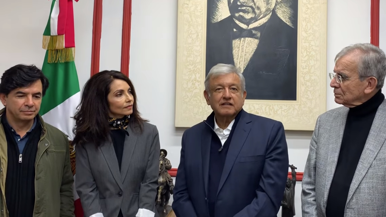 AMLO alista convocatoria para 'constitución moral' para el 26 de noviembre