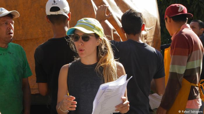 A algunos actores les pagamos con comida: cineasta venezolana