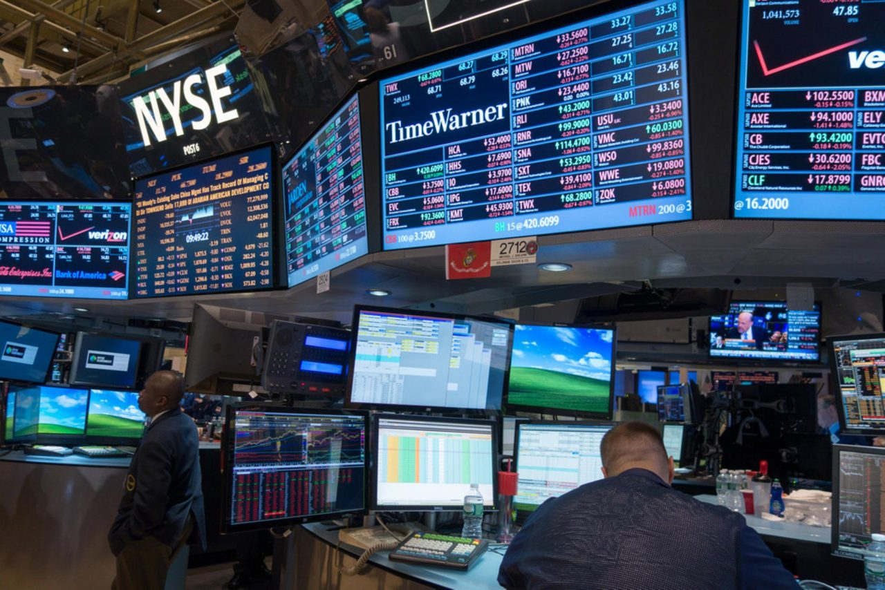 Datos de empleo de EU animan aperturas en la BMV y Wall Street