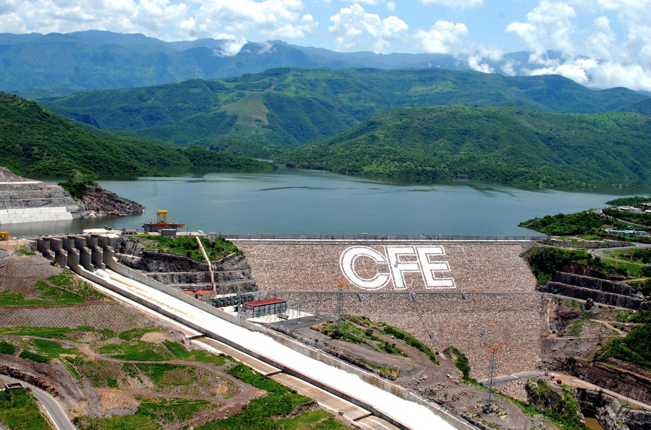 CFE gastará más en plantas de carbón que en centrales renovables
