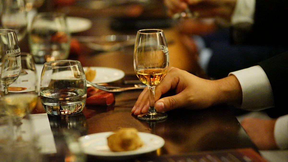 Qué es un whisky extra madurado y por qué debes tomarlo
