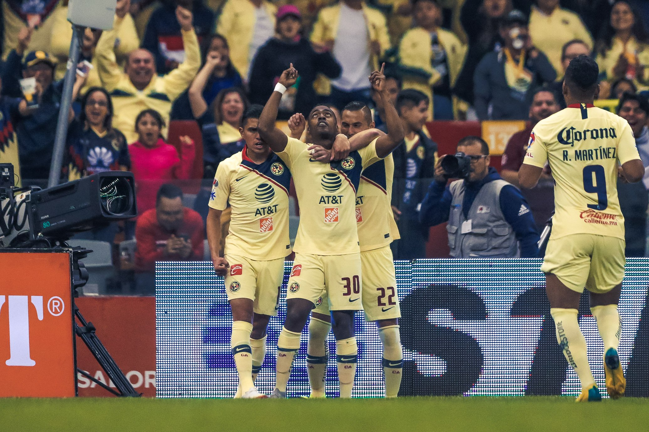 América disputará la final con Cruz Azul tras golear 6-1 a Pumas