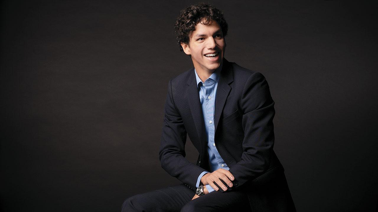 Isaac Hernández: enemigo de los pequeños éxitos