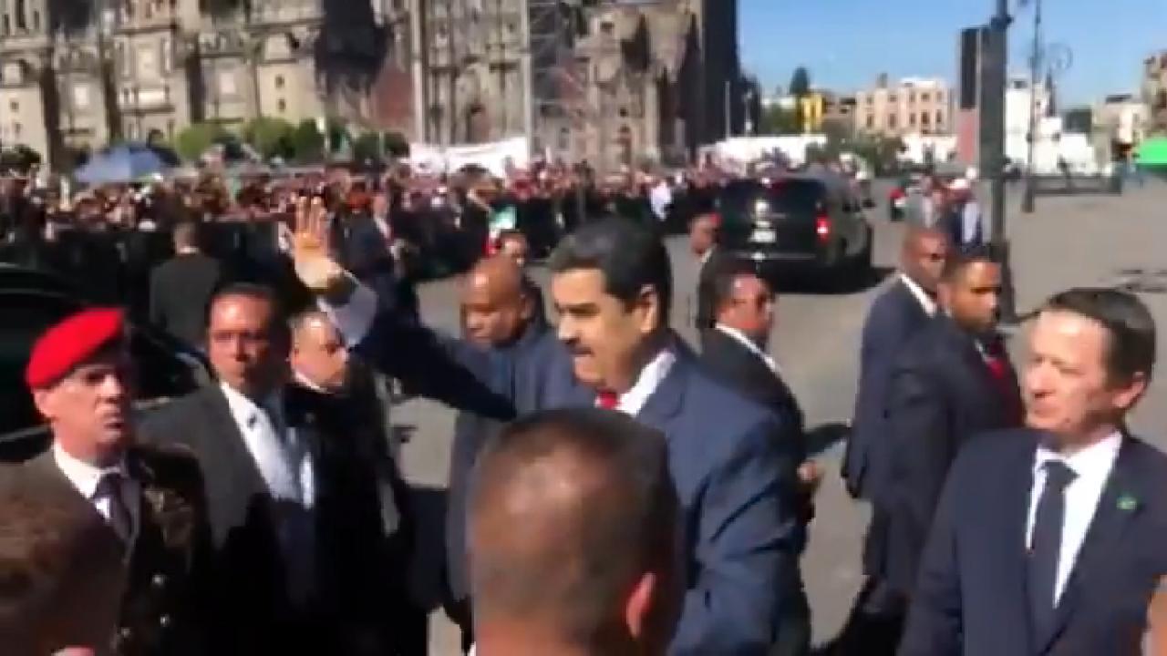 Espías rusos llegan a Venezuela para proteger a Maduro: fuentes