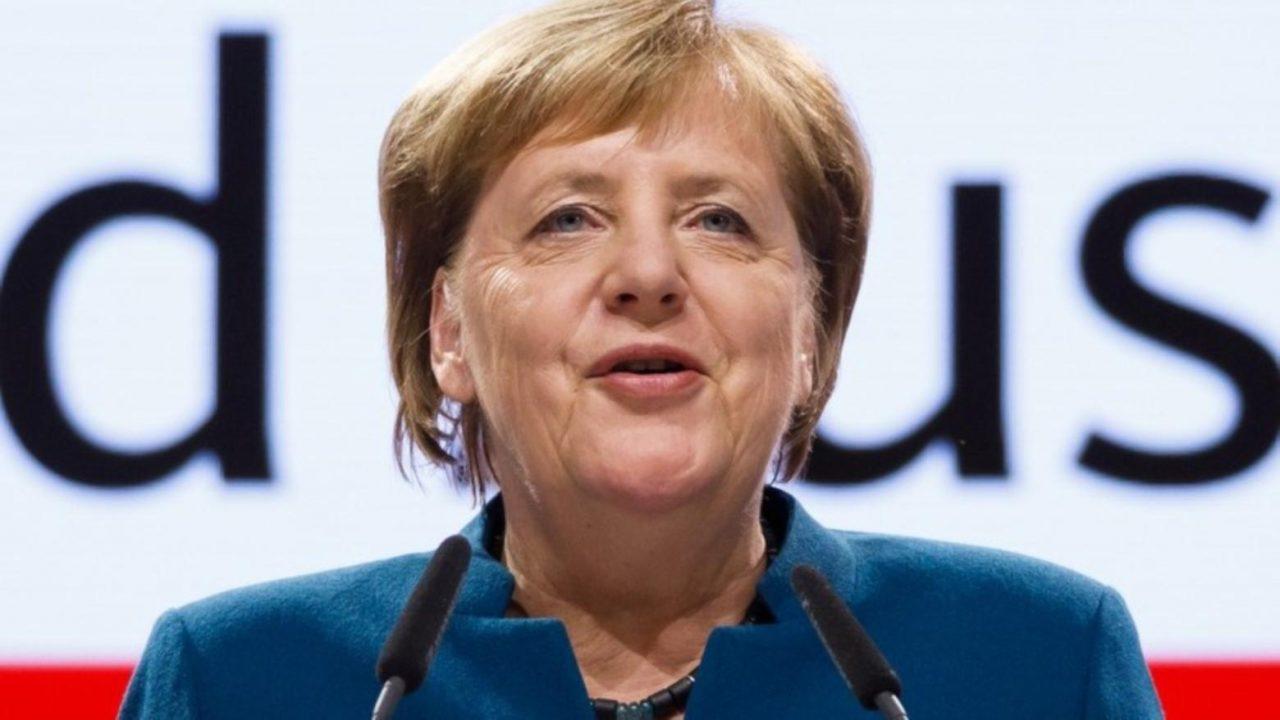 """Merkel se despide de su partido: """"Ha sido un honor"""""""